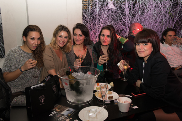 17. Mélanie, Sophie (La Modeuse), Sophie, Marjorie et Sophie