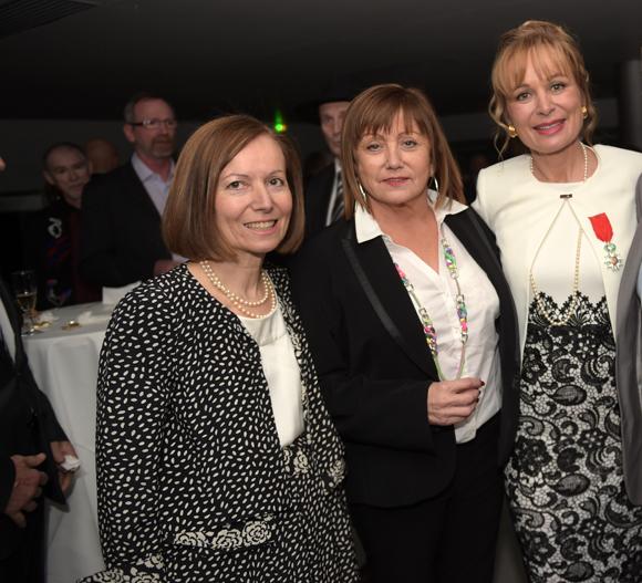 11. Isabelle Bernard,  ses sœurs Joëlle Rougier et Sylvie Debon