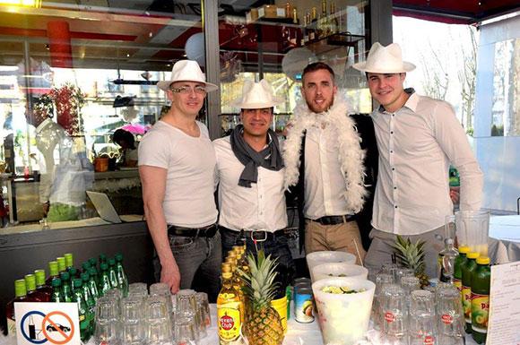 1. Julien Rogier, Tony Bellavia (BellaDrinks), Stéphane Croc et Jocelyn Benat (Champagne Mumm)