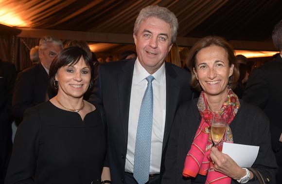 23. Maître Richard Brumm, adjoint aux finances, son épouse Dominique et Caroline Courtiade, présidente de la Chambre des Notaires du Rhône