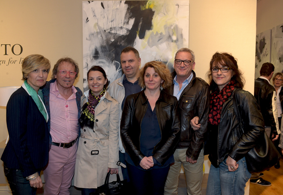 43. L'artiste peintre Dominique Grégoire et ses amis