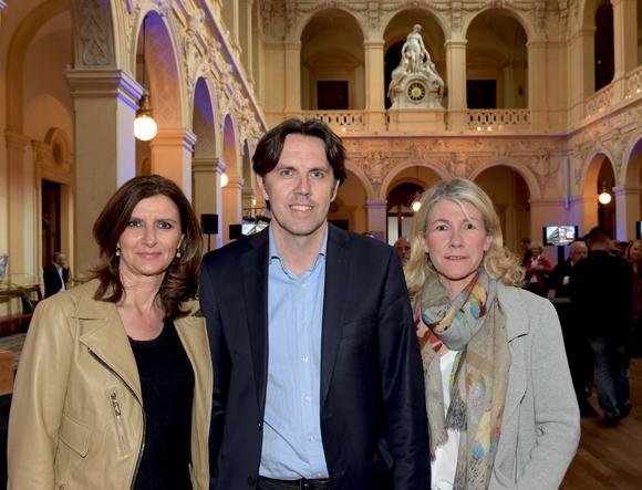 11. Patricia Defillon (Régie Socom), Raphaël Durdilly (ABB) et Patricia Messeguer (VDMD)