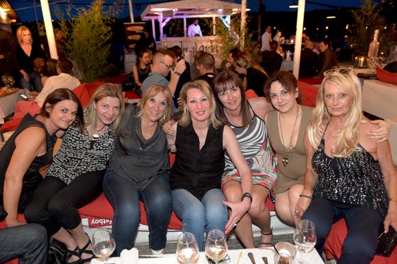 29. Laurence, Christelle, Martine, Guylaine, Emma, Christine et Anne