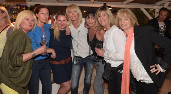 34. Pascale, Cathy, Stéphanie, Myriam, Corinne, Murielle et Anik