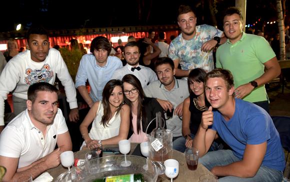 27. Elise Devos et ses amis