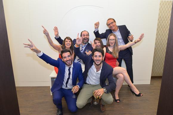 42. L'équipe de la Clinique Crillon avec les architectes (Abag Arquitectura)