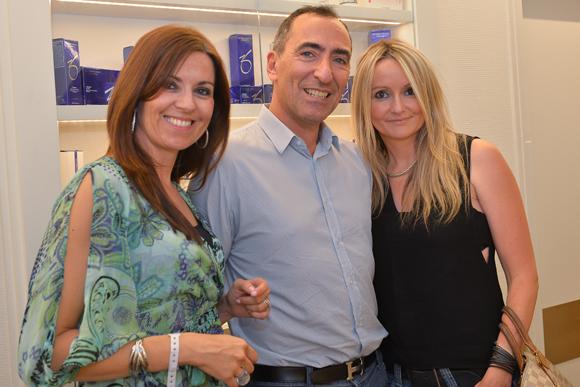 5. Stéphanie (Merz), Eric Weill (chirurgien esthétique) et Valérie