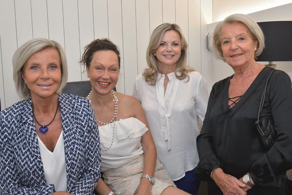 6. Annie Manoukian, Sophie Brossier (Cote Anglaise), Carole Giorgi et Raymone Carlut
