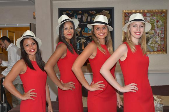 1. Sandra, Anne, Justine, Harmony (Agence Charleston)