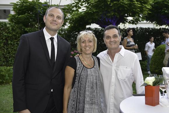 26. Mathieu (chef de réception Warwick Reine Astrid), Evelyne et Roland Didier (Presse Duquesne)