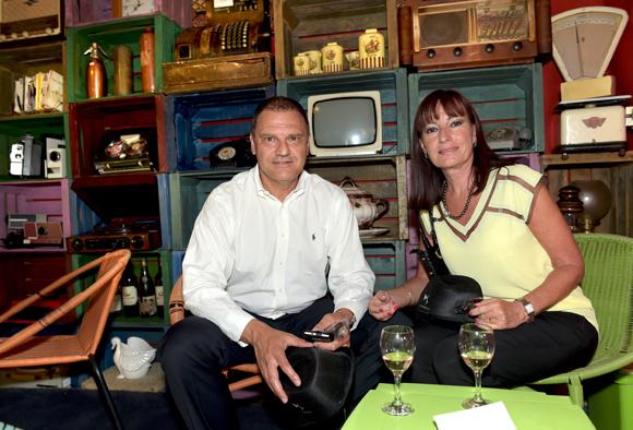 27. Serge Bex (OL) et son épouse Catherine (Champagne Duval-Leroy)