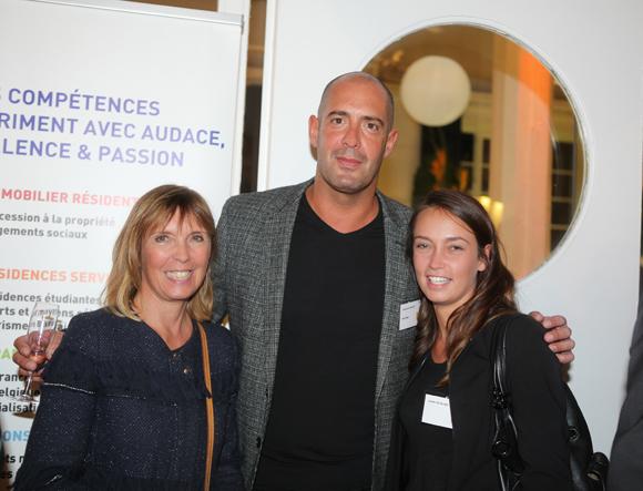 21. Monique Le Calvez (Cairn Immobilier), Sébastien Mazzéo (Mazzimmo) et Laurie Le Calvez (Cairn Immobilier)