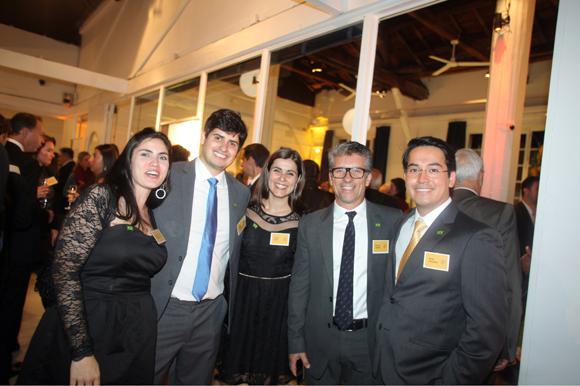 24. Débora Galhardi, Fabio Leati, Leticia Tizzi, Marcelo Candia et Kaeith Nakano (Promoval Brésil)