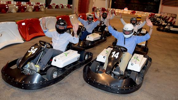 24. Course de karts électriques