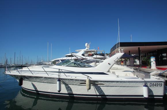 Pacha – Riviera Martinez offshore 4000 (2000) Adjugé 45 000 euros