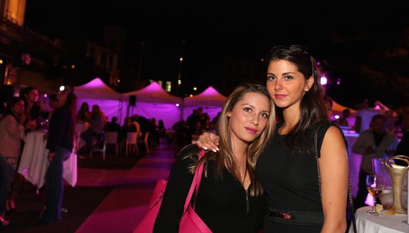 15. Valérie et Sarah