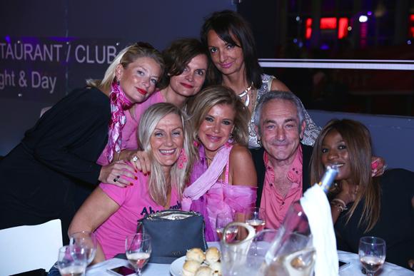 16. Edith, Sylvie, Géraldine, Marielle, Sandrine, Monika et Laurent