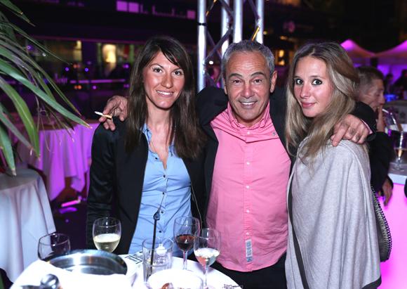 24. Elisa, Eva et Alain