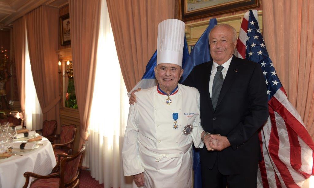 Paul Bocuse. Grand Officier de l'Ordre National du Mérite