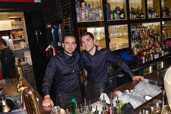 18. Mathieu et Valentin (Comptoir de la Bourse)