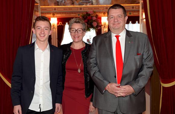 3. Christophe Marguin, président des Toques Blanches Lyonnaises, son épouse Nicole et leur fils Gaspard