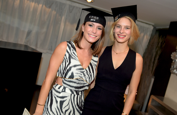 32. Victorine Mary et Marie-Anne Latorre