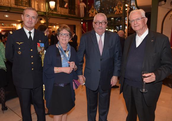 52. Le général Bruno Duvert, Annie et Gilles Demeure, Monseigneur Emmanuel Payen