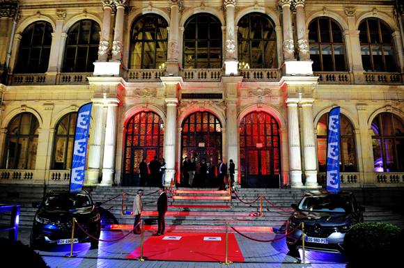 1. L'entrée du Palais de la Bourse