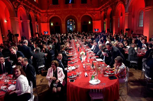 29. La table d'honneur