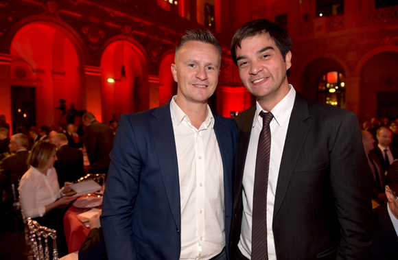 30. Franck Chapon (UGC) et Jérémy Desprets, directeur du centre commercial Confluence