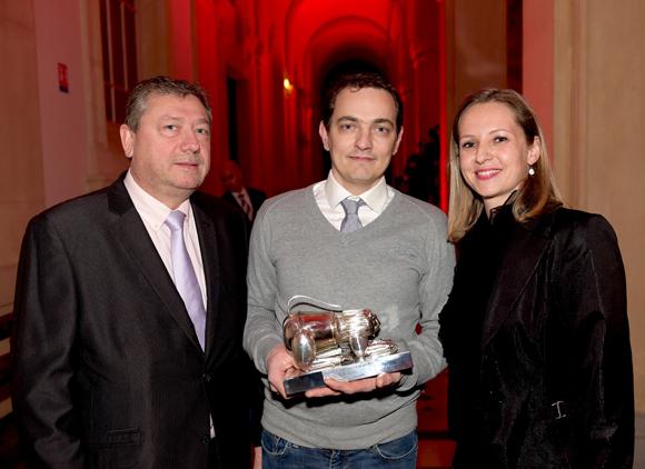 31. Trophée de la meilleure Baguette remis par Bruno Cabut, président de la maison de la boulangerie et Aurélie Larqué (Groupama) à Emmanuel Lachana (Boulangerie d'Ainay)