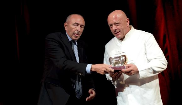 40. Trophée d'Honneur remis par Gérard Collomb, sénateur maire de Lyon à Thierry Marx