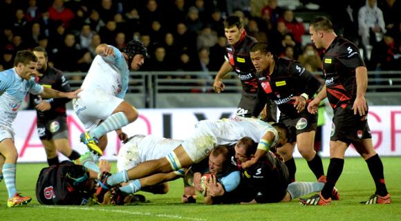 Le LOU Rugby a ramé pour contrer l'Aviron Bayonnais