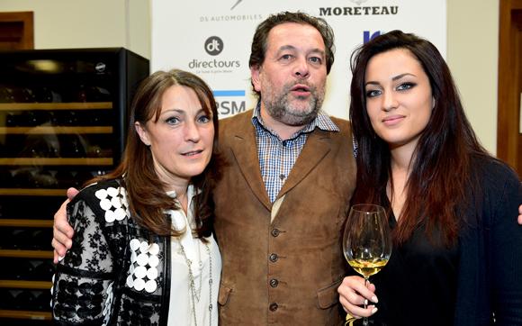 22. Michel Chapoutier, son épouse Corinne et Mathilde