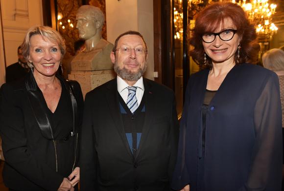 14. Michèle Hingrez, Richard Wertenschlag, grand rabbin de Lyon et Isabelle Gonon (Byblos Group)
