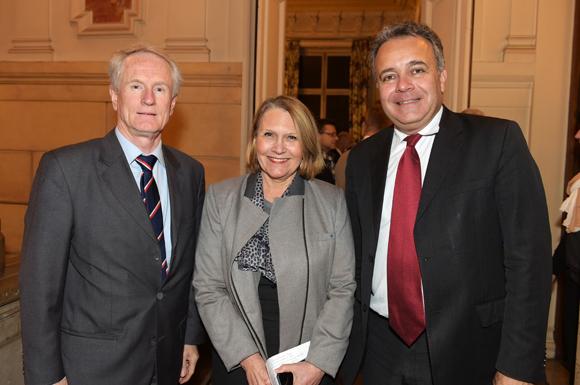 16. François Royer, adjoint au maire du 2ème, Françoise Moulin Civil, recteur de l'Académie de Lyon et Denis Broliquier, maire du 2ème