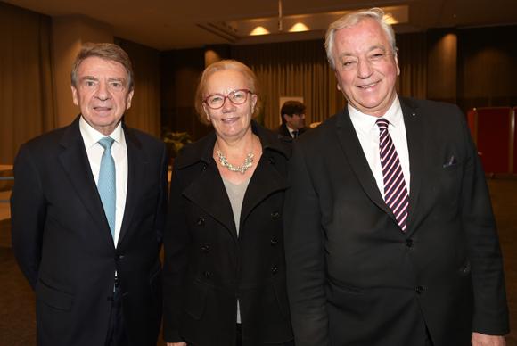 3. Bernard Fontanel, ancien président du Medef Lyon-Rhône, Claire Cerisola (Business Activ) et son époux Denis