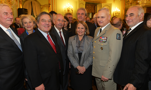32. Le général Pierre Chavancy, gouverneur militaire de Lyon et ses invités