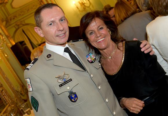 38. Le colonel Gilles Coulougnon et Béryl Maillard, consul de St Domingue