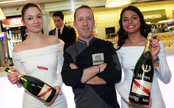 40. Solène, Olivier Fleuret (Brake France) et Léa (Mumm Champagne)