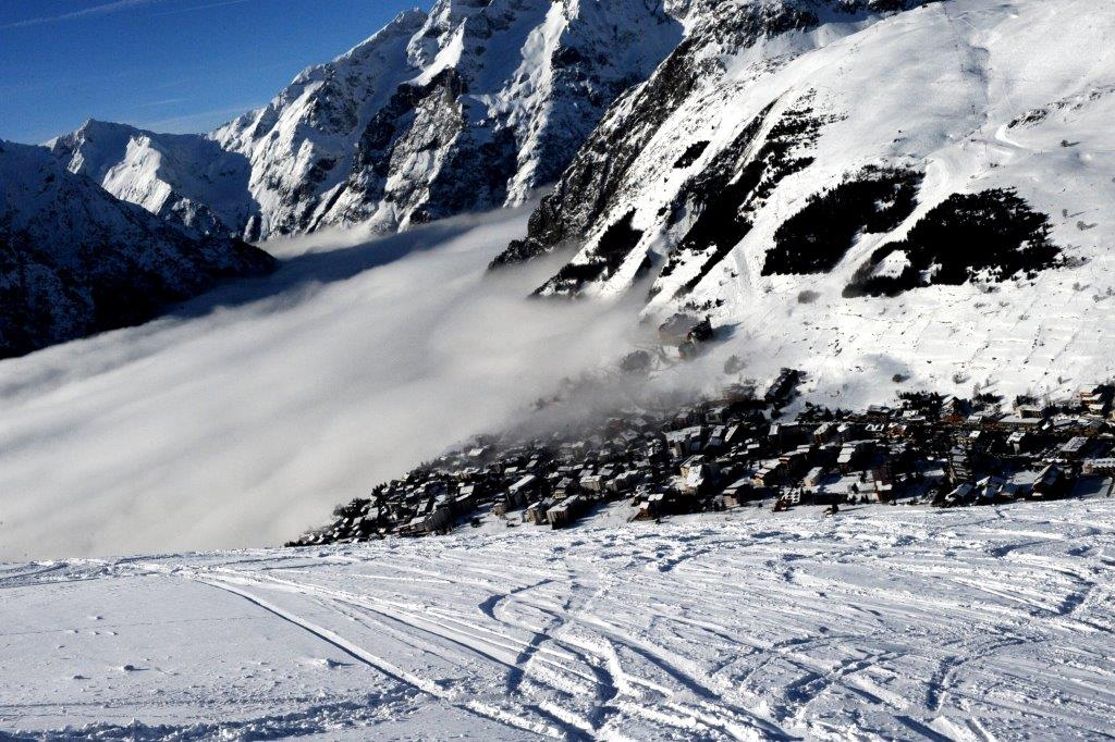 Avalanche aux 2 Alpes. Le lycée Saint-Exupéry touché au cœur