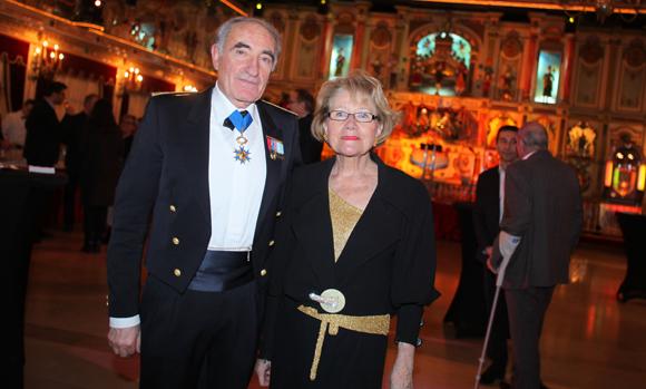 16. Le général de division Bernard Ratel et sa compagne Dorothée Bonhomme