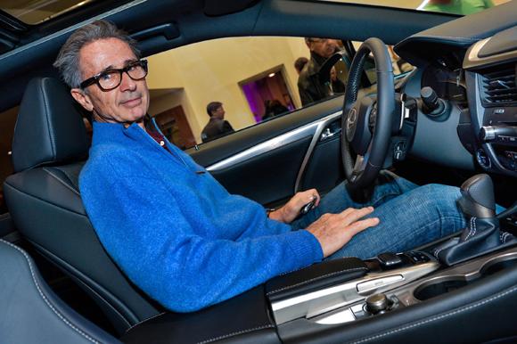 Lancement des nouvelles Lexus hybdrides. Thierry Lhermitte en guest star