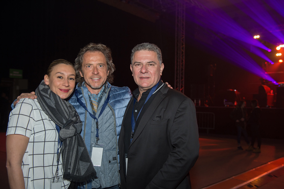 1. Dalila Saadi (organisatrice), Philippe Guilhem (Bijouterie Guilhem) et Thierry Chassagne (CEO Warner Music France).