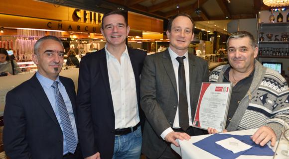 26. Philippe Durand (Bureau Véritas Certification), Bertrand Bourgeron (Agence Tous Risques), Eric Pehau (ATR) et Jacques Matillon (Bureau Véritas Certification)