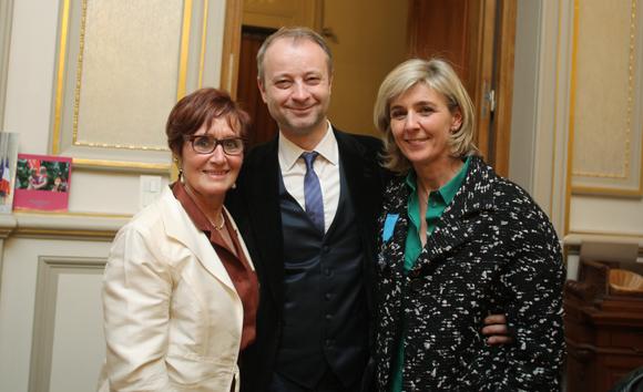 11. Marco (Lyon People) entouré de Nicole Chevassus, ancien maire du 6ème et Sophie Moreau, présidente de Courir Pour Elles