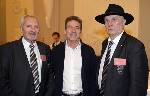 2. Gilbert Lamothe (CDOS), Jean-Claude Pietrocola (Média Sport Promotion) et Jean-Claude Jouanno (CDOS)