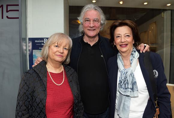 16. Michelle Claverie-Nikly, son époux Jean Claverie et Geneviève Levotre