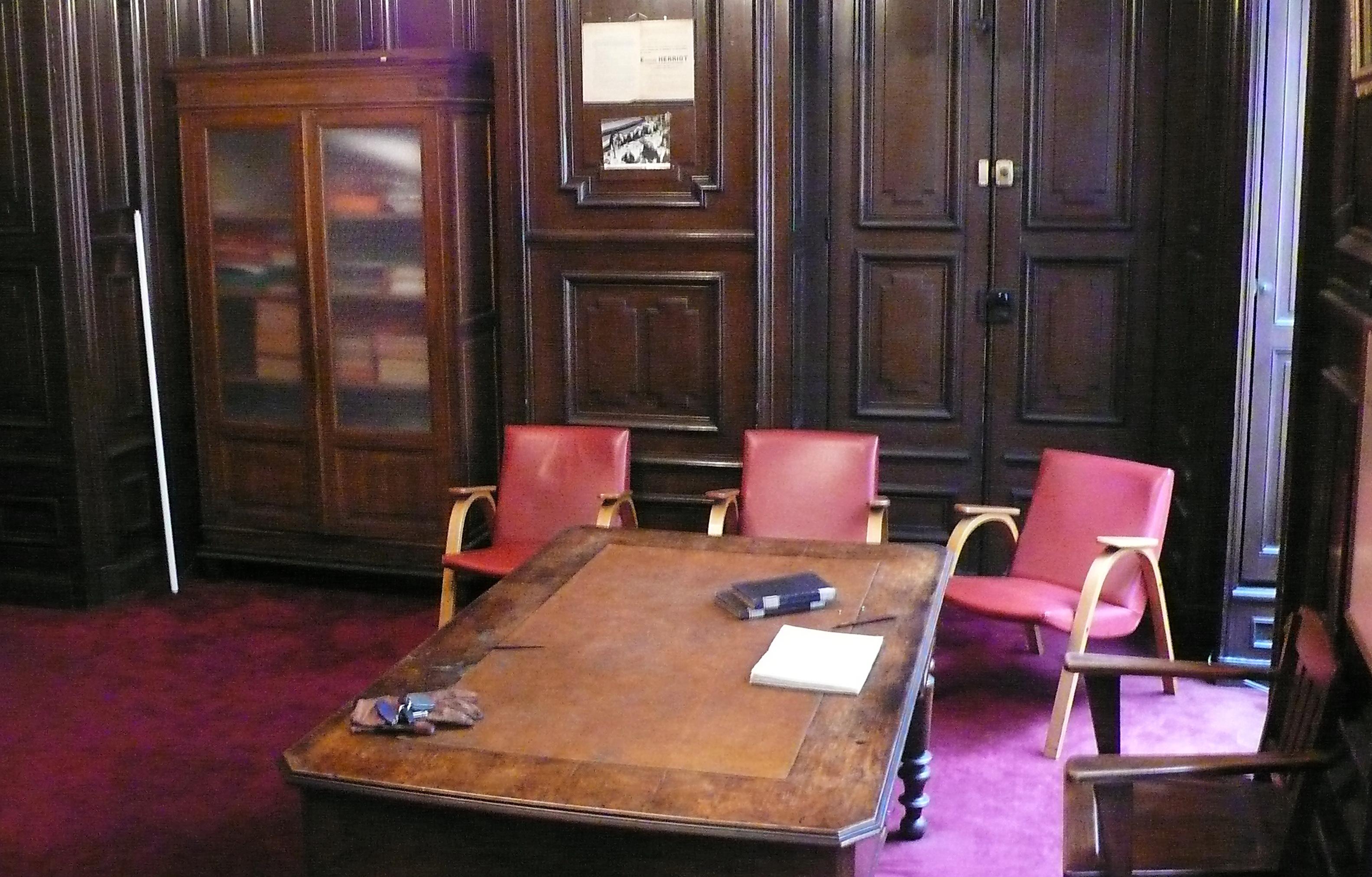 Le bureau historique d'Edouard Herriot condamné ?