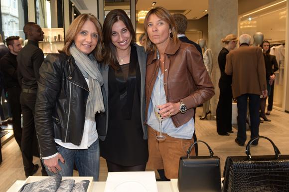 15. Valérie x 2 et Axelle (Lyon People)